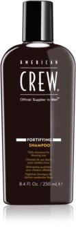 American Crew Fortifying champô renovador para densidade de cabelo