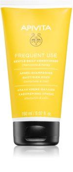Apivita Holistic Hair Care Chamomile & Honey kondicionér pro každodenní použití s heřmánkem