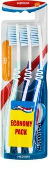Aquafresh Flex Keskikokoiset Hammasharjat