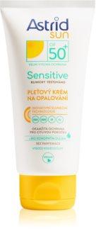 Astrid Sun Sensitive крем за лице за слънчеви бани SPF 50+