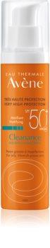 Avène Cleanance Solaire cuidado matificante protetor para pele com tendência para a acne SPF 50+