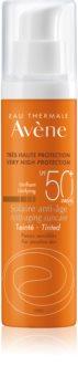 Avène Sun Sensitive tonirana zaščitna krema za suho in občutljivo kožo SPF 50+