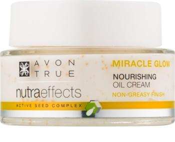 Avon True NutraEffects élénkítő krém tápláló hatással