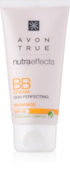 Avon True NutraEffects posvetlitvena BB krema SPF 15