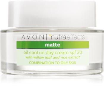 Avon Nutra Effects Matte matujący krem na dzień SPF 20