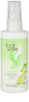Avon Foot Works Beautiful osvěžující sprej na nohy s limetkou a cukrovou třtinou