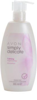 Avon Simply Delicate заспокоюючий кремовий непарфумований гель для інтимної гігієни