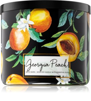Bath & Body Works Georgia Peach scented candle II.