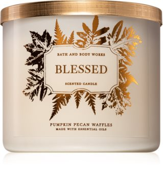 Bath & Body Works Pumpkin Pecan Waffles scented candle I. (Blessed)