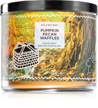 Bath & Body Works Pumpkin Pecan Waffles scented candle II.