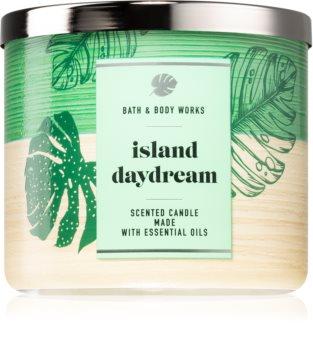 Bath & Body Works Island Daydream scented candle