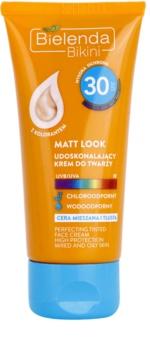 Bielenda Bikini Matt Look crema protectoare pentru fata SPF 30