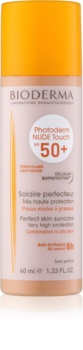 Bioderma Photoderm Nude Touch Farvet væske til kombination og fedtet hud SPF 50+