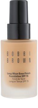 Bobbi Brown Skin Foundation Long-Wear Even Finish fond de teint longue tenue SPF 15