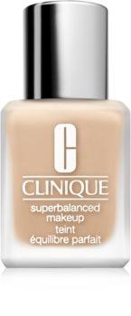 Clinique Superbalanced™ Makeup fond de teint soyeux