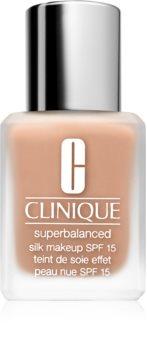 Clinique Superbalanced™ Silk Makeup SPF 15 seidig-feines Make up LSF 15