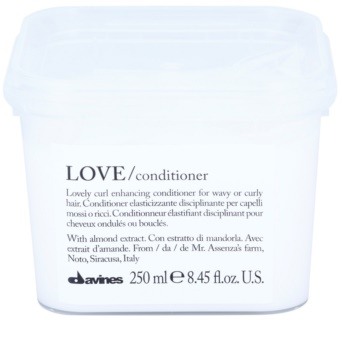 Davines Love Almond Conditioner für welliges Haar