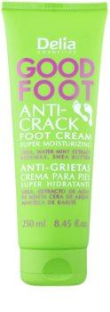 Delia Cosmetics Good Foot crema hidratante para pies agrietados