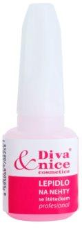 Diva & Nice Cosmetics Accessories colla per unghie con pennellino