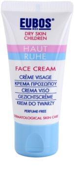 Eubos Children Calm Skin crema cu textura usoara reface bariera protectoare a pielii