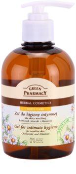 Green Pharmacy Body Care Chamomile & Allantoin gél na intímnu hygienu pre citlivú pokožku