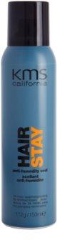 KMS California Hair Stay spray para dar definición al peinado antihumedad