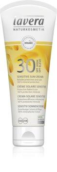 Lavera Sensitive crema abbronzante SPF 30