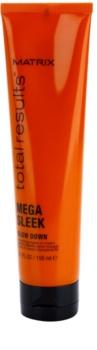 Matrix Total Results Mega Sleek crema alisado para cabello encrespado y rebelde