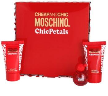 Moschino Cheap & Chic Chic Petals coffret I. para mulheres