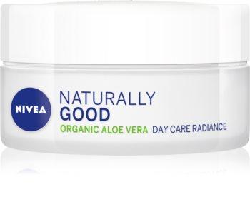Nivea Naturally Good озаряващ дневен крем с алое вера