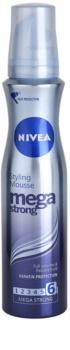 Nivea Mega Strong pjena za kosu za dugotrajni volumen