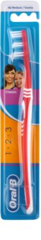 Oral B 1-2-3 Classic Care Toothbrush Medium