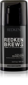 Redken Brews modellező paszta a természetes fixálásért
