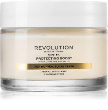 Revolution Skincare Moisture Cream krem nawilżający do skóry normalnej i tłustej SPF 15