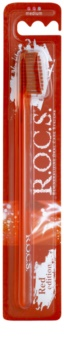 R.O.C.S. Red Edition escova de dentes medium