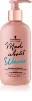 Schwarzkopf Professional Mad About Waves Feuchtigkeit spendendes Shampoo für welliges und lockiges Haar Sulfatfrei