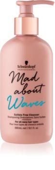 Schwarzkopf Professional Mad About Waves hydratačný šampón pre vlnité a kučeravé vlasy bez sulfátov
