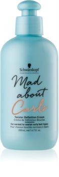 Schwarzkopf Professional Mad About Curls Feuchtigkeit spendende Stylingcreme für welliges Haar