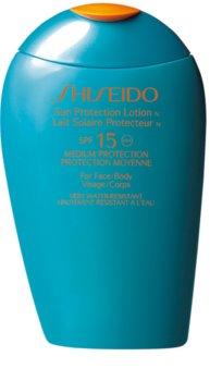 Shiseido Sun Care Sun Protection Lotion leite solar de rosto e corpo SPF 15