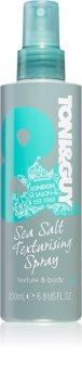 TONI&GUY Casual spray stylizujący z solą morską