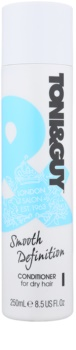 TONI&GUY Smooth Definition Smoothing Conditioner For Dry And Unruly Hair