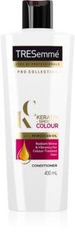 TRESemmé Keratin Smooth Colour kondicionér s keratinem pro barvené vlasy