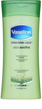 Vaseline Intesive хидратиращо мляко за тяло  с алое вера