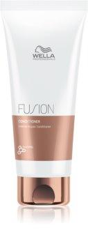 Wella Professionals Fusion Intensiv regenererende balsam Til skadet hår