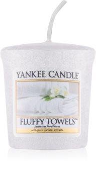 Yankee Candle Fluffy Towels mala mirisna svijeća bez staklene posude
