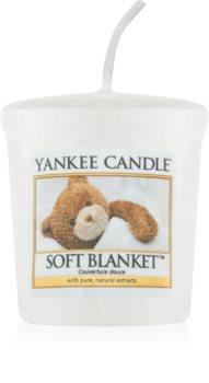 Yankee Candle Soft Blanket mala mirisna svijeća bez staklene posude