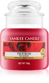 Yankee Candle True Rose vela perfumada  Classic pequeña