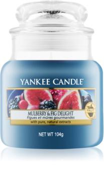 Yankee Candle Mulberry & Fig vonná svíčka Classic malá