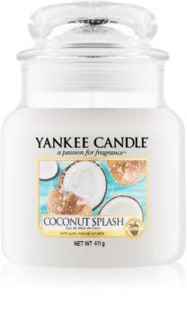 Yankee Candle Coconut Splash vonná sviečka Classic stredná