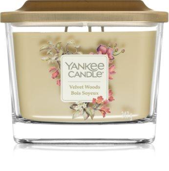 Yankee Candle Elevation Velvet Woods vonná svíčka střední
